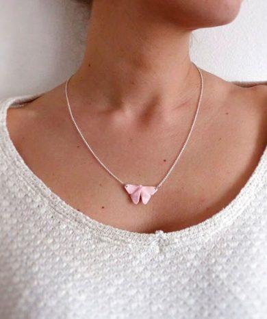 Collar mariposa de plata rosa