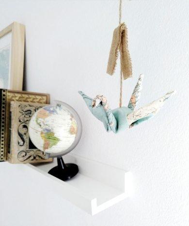 moviles decorativo de tela grullas mapamundi